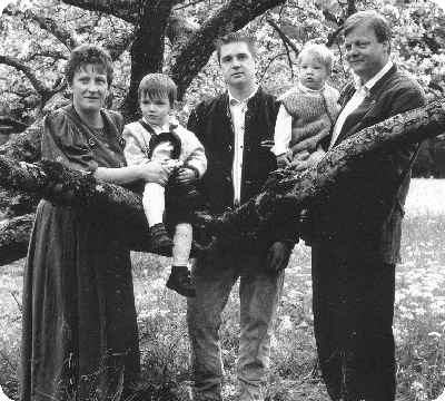 Vlnr.: Brigitte, Siegfried, Eduard, Andreas und Leonhard Sydler